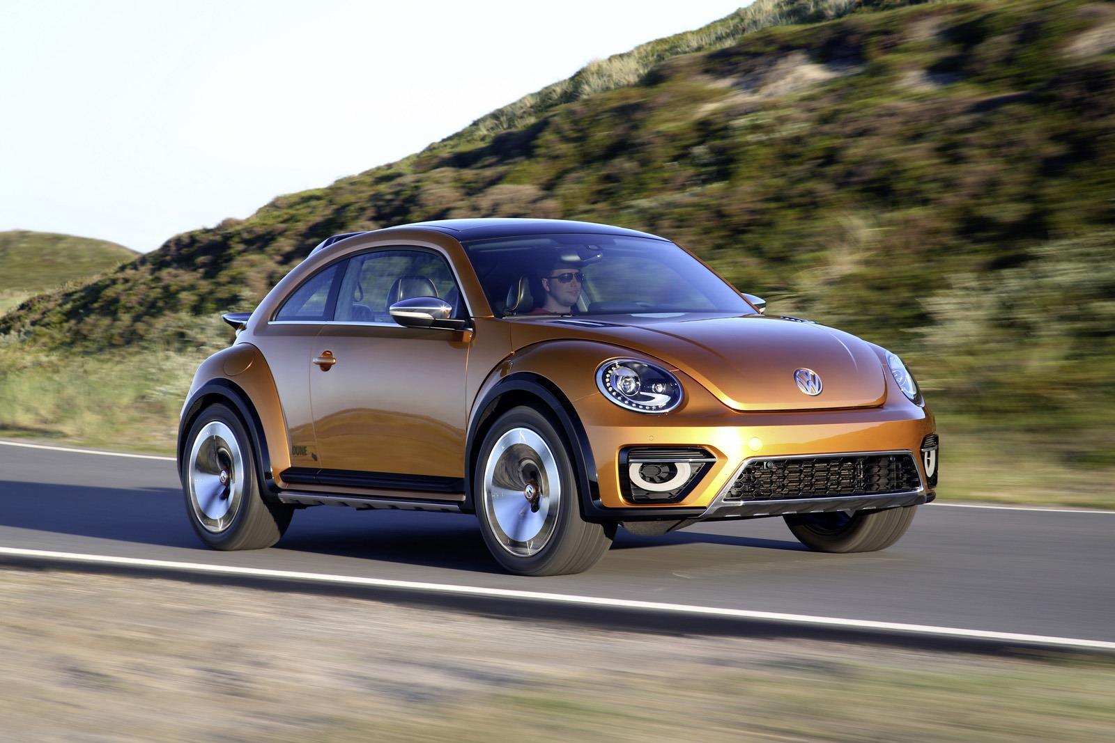 Volkswagen Beetle Dune Concept в движении