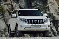 2014-Toyota-Land-Cruiser-Prado-32.jpg