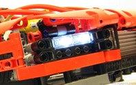 Lego-Technic_TGB-Supercar_Func-Headlights