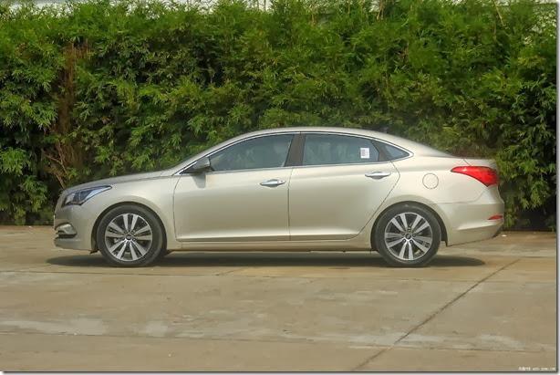 Hyundai-Mistra-Sedan-10[2]
