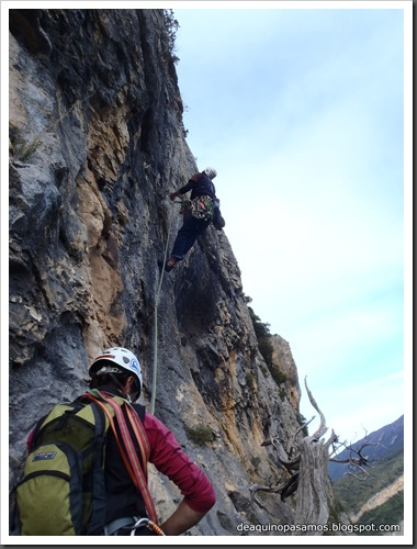 Via Gali-Molero 500m 6b  Ae (V  A1 Oblig) (Roca Regina, Terradets) (Victor) 0106