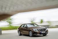 Mercedes-Benz-E-Class-10.jpg