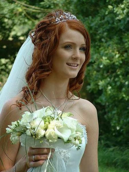 Trendy Casual Beach Wedding Hairstyles