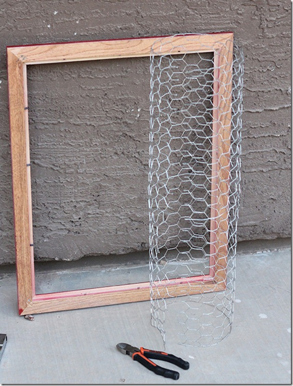 Cut Chicken Wire to Size