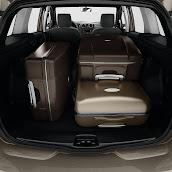 2014-Dacia-Logan-MCV-12.jpg