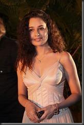 Actress Yuvika _  _sexy_pic2