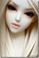 Cute-girl-doll-alone-pretty--brunette-barbie-lovely