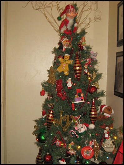 elf tree in hallway 2
