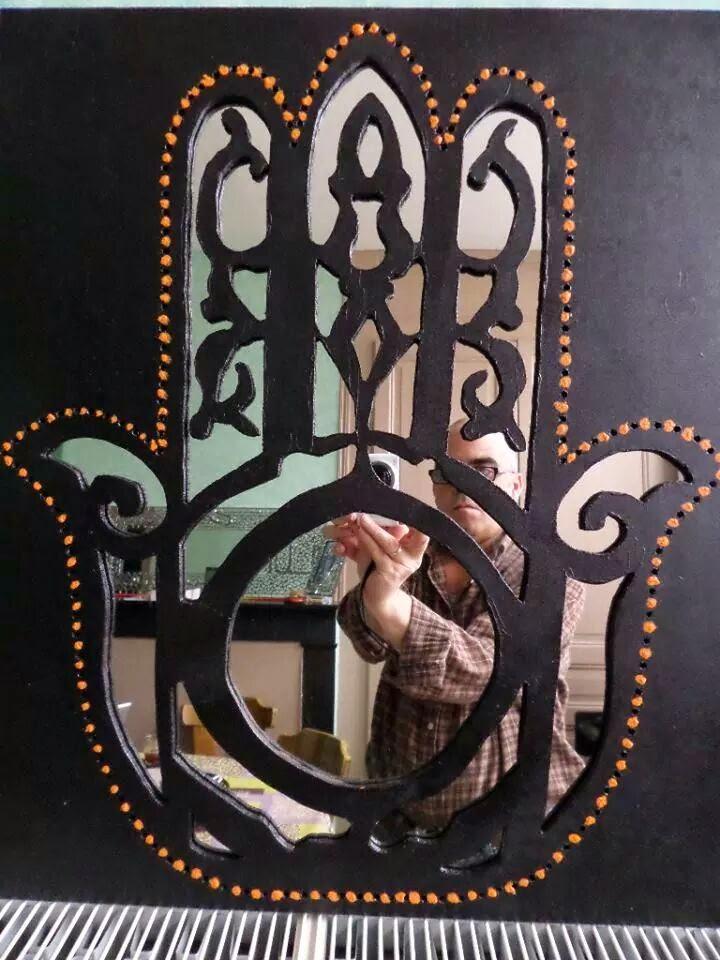 cr ation d coration miroir style mosa que et autre main de fatma design bois peint et miroir. Black Bedroom Furniture Sets. Home Design Ideas