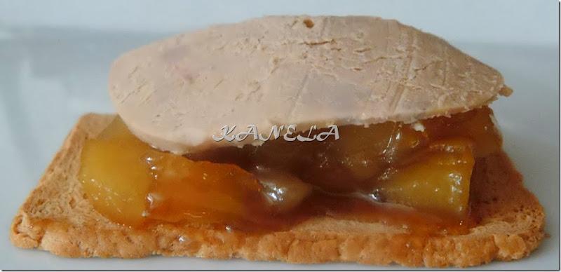 tosta de manzana y foie