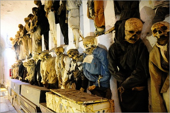 Capuchin-Catacombs-of-Palermo-9