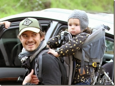 orlando-bloom-flynn-hiking-12302012-lead01-400x300