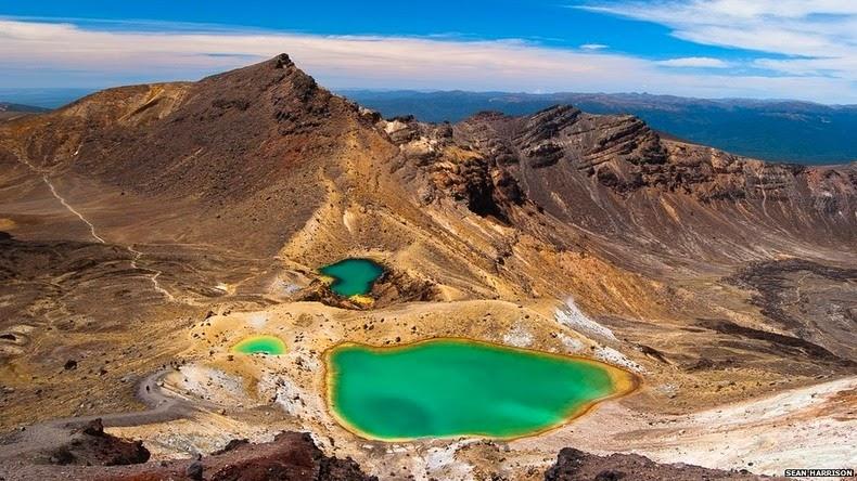 tongariro-lakes-8