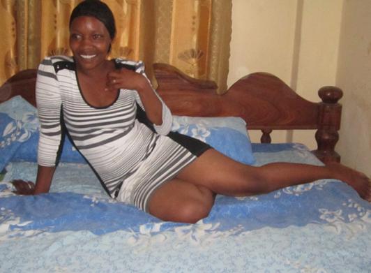 xdjay imefanikiwa kunasa picha mbalimbali za aibu za msanii chipukizi