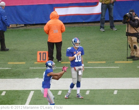 'Eli Manning and Dominik Hixon warm up' photo (c) 2012, Marianne O'Leary - license: http://creativecommons.org/licenses/by/2.0/