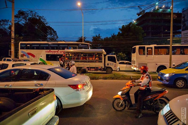 2557_Thailand_Pattaya_Jomtien_transport_tuk_tuk_tuck_tuck_taxi-53