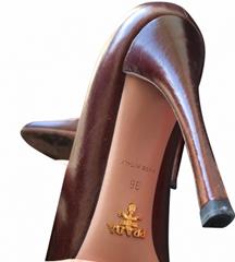prada - pumps - leather - brown