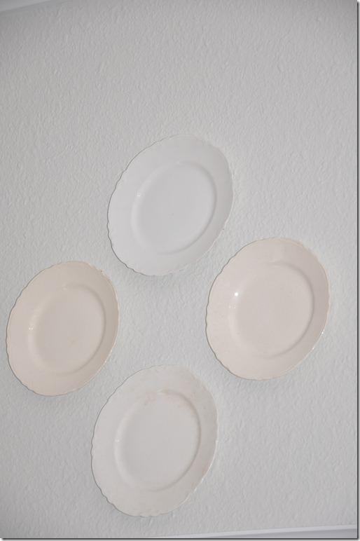 plates 024