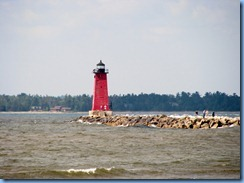 4838 Michigan - Manistique, MI - US-2 - Manistique East Breakwater Lighthouse