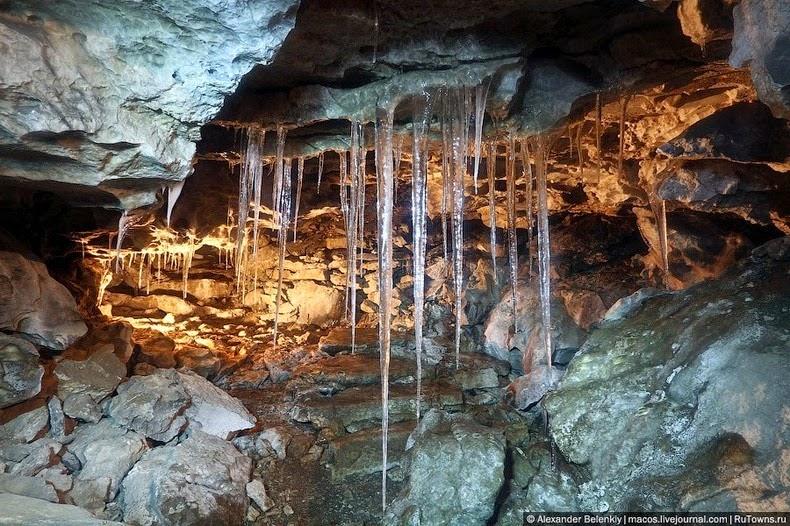 kungur-ice-cave-9