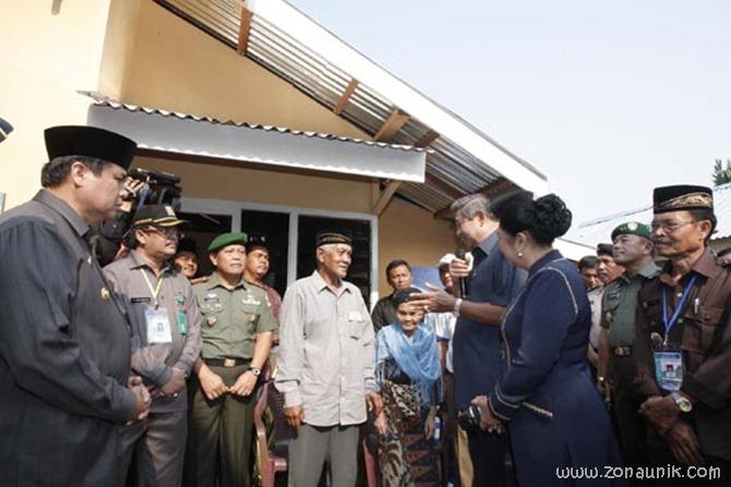 foto keseharian Presiden Indonesia Susilo Bambang Yudhoyono (26)