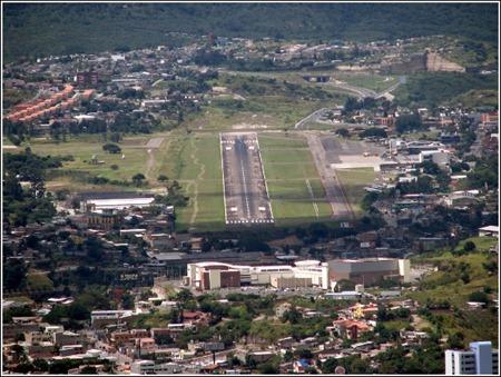 tocontin airport Tegucigalpa