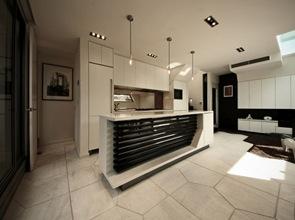 cocina-moderna-blanco-negro