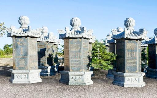 Bộ kinh Pháp Cú khắc trên đá đầu tiên và lớn nhất thế giới ở Chùa Liễu Quán