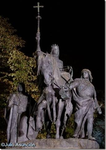 Monumento a Isabel la Católica - Madrid
