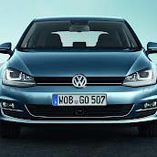 2013-Volkswagen-Golf-7-4.jpg