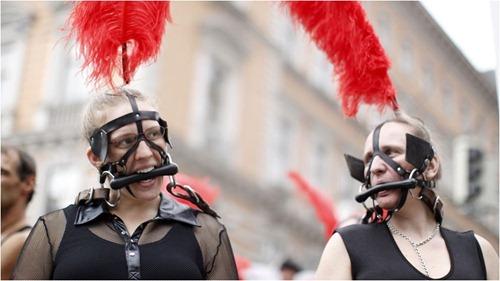 parada gay 5 - Apocalipse Em Tempo Real