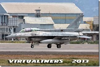 SCEL_V286C_Parada_Militar_2013-0028