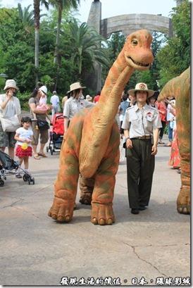 日本-環球影城,侏儸紀公園,還有一隻可愛的小恐龍