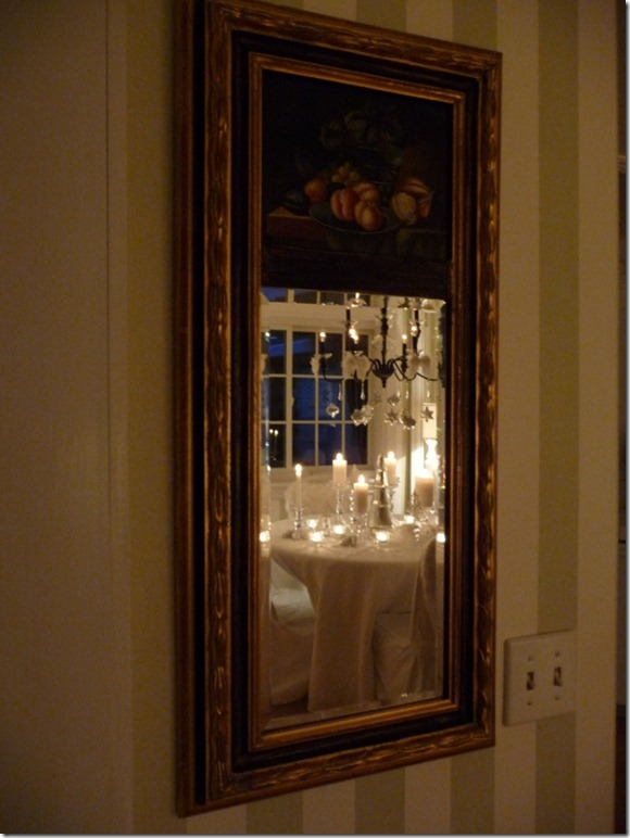Christmas dining room 2011 angel wings 050 (600x800)