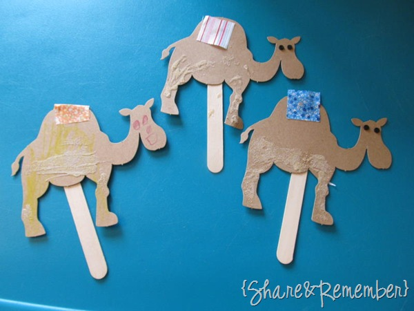 camel puppets
