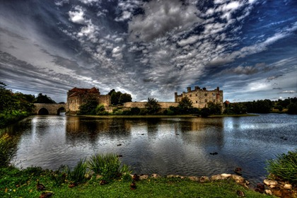 leeds-castle-england-moat-surrounded-by-water