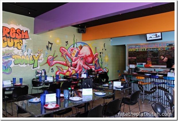 Sushi Groove Interior