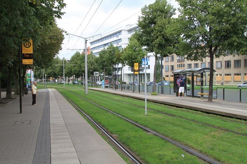 grass-tram-tracks-9