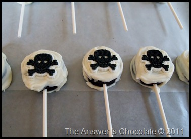 Halloween Oreo Pops (2)