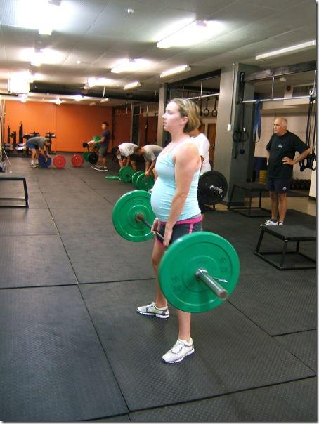 pregnant-workout-exercise-27