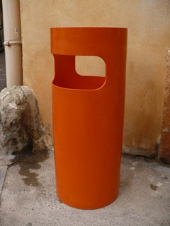 Gino Colombini umbrella stand for Kartell