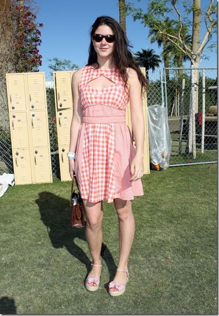 2012 Coachella Music Festival Day 3 Nn1TfauyEKrl