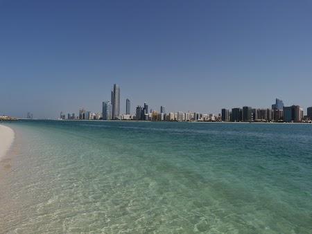 06. Plaja Abu Dhabi.JPG