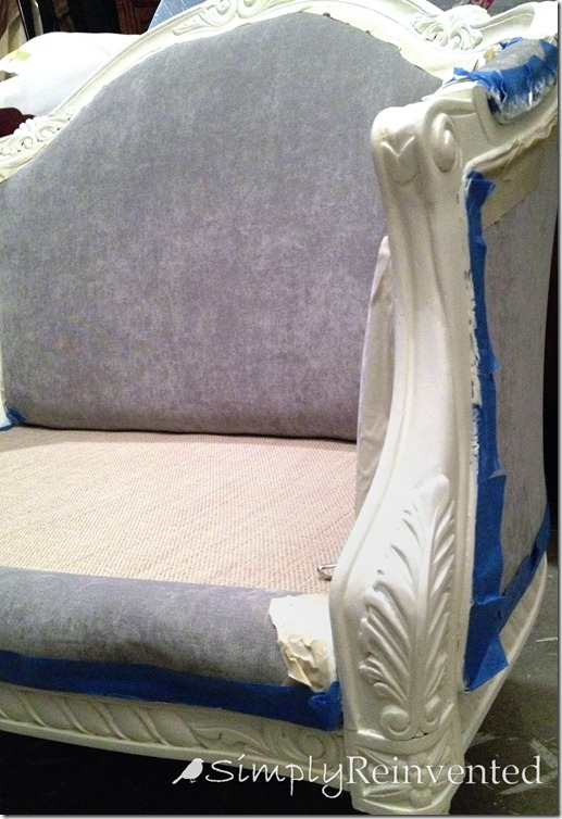 settee-before arm