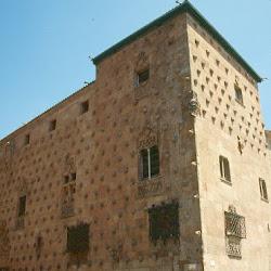 23.- Casa de las Conchas. Salamanca