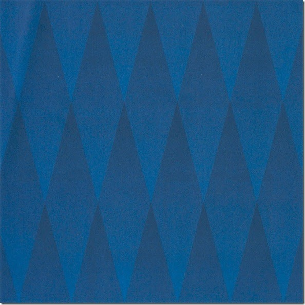 blue-triangles-illusion