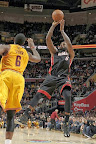 lebron james nba 131127 mia at cle 13 LBJ Wears Away 11s and... Goes Back to Elite 10s, Again!