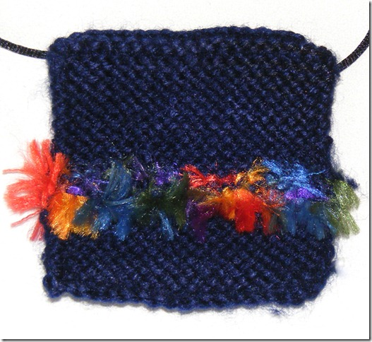 knitted pendant 4