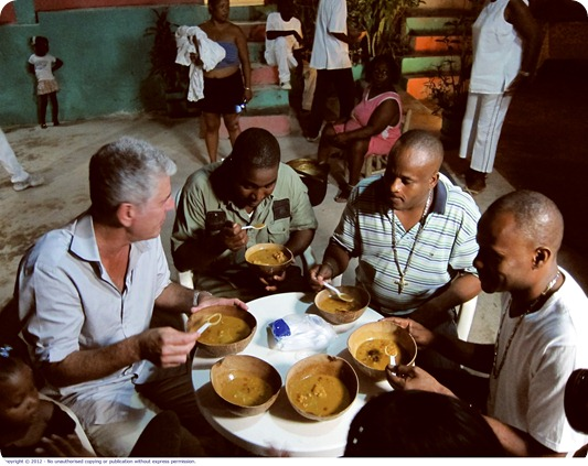 Anthony_Bourdain_No_Reservations_SER7_R-112728-9_PIC1