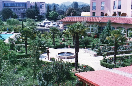 Obiective turistice Albania: Hotel Rogner Europapark